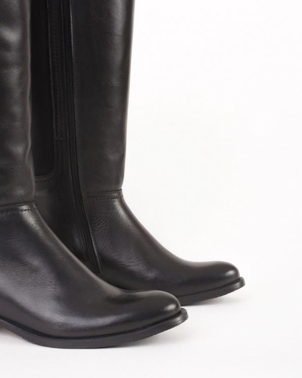 Czarne kozaki damskie skórzane  005 -40655-CZARN