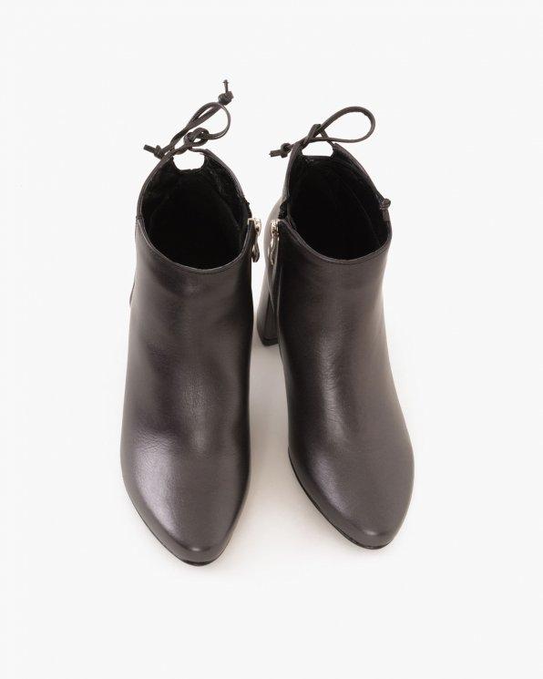 Czarne botki skórzane na słupku  061 -61210Z-CL4