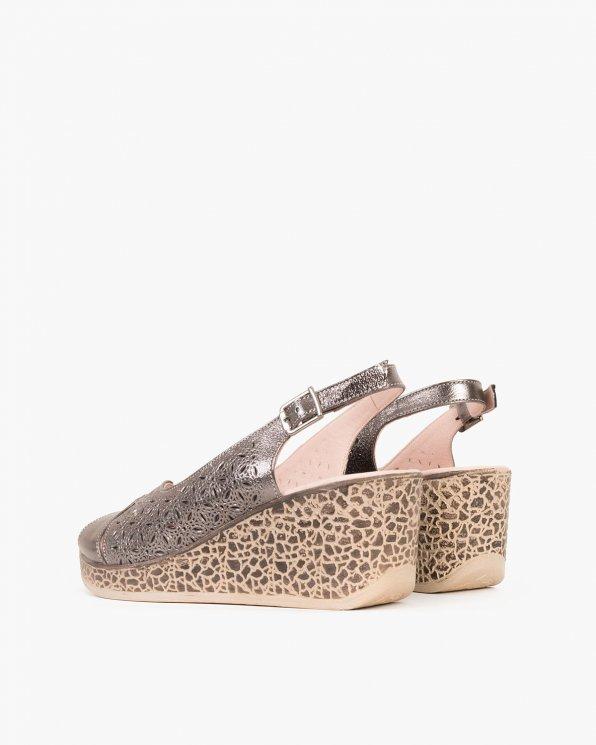 Grafitowe sandały ażurowe na koturnie  080 118-1411-120