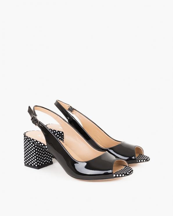 Czarne sandały damskie lakierowane na słupku  101-Z-18-V2