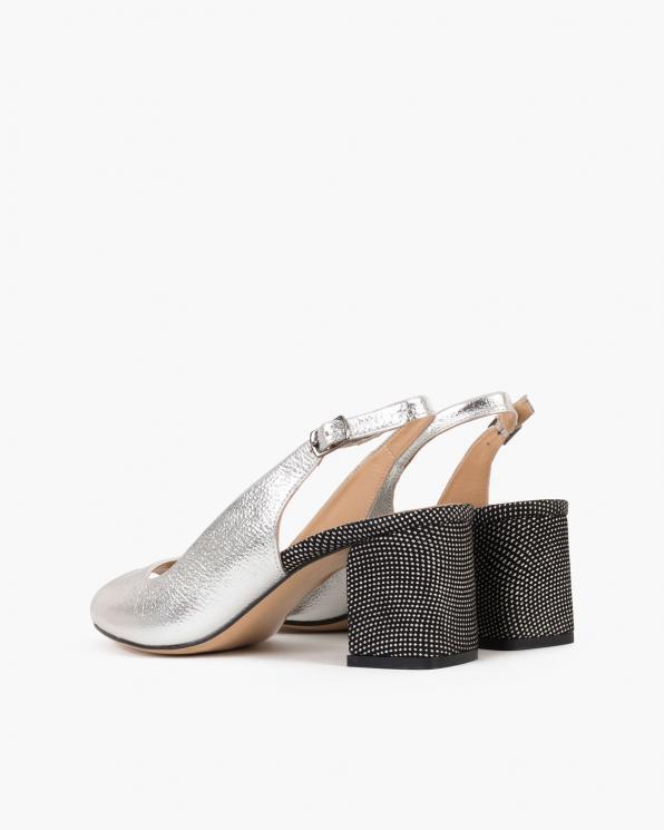 Srebrne sandały damskie skórzane na słupku  101-D-18-47-223