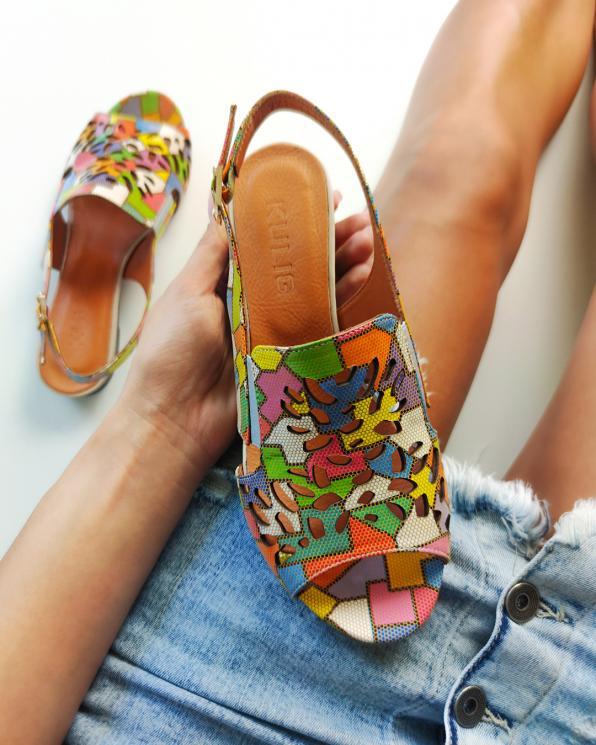 Wielokolorowe sandały damskie skórzane z motywem  104-771-83-MIX