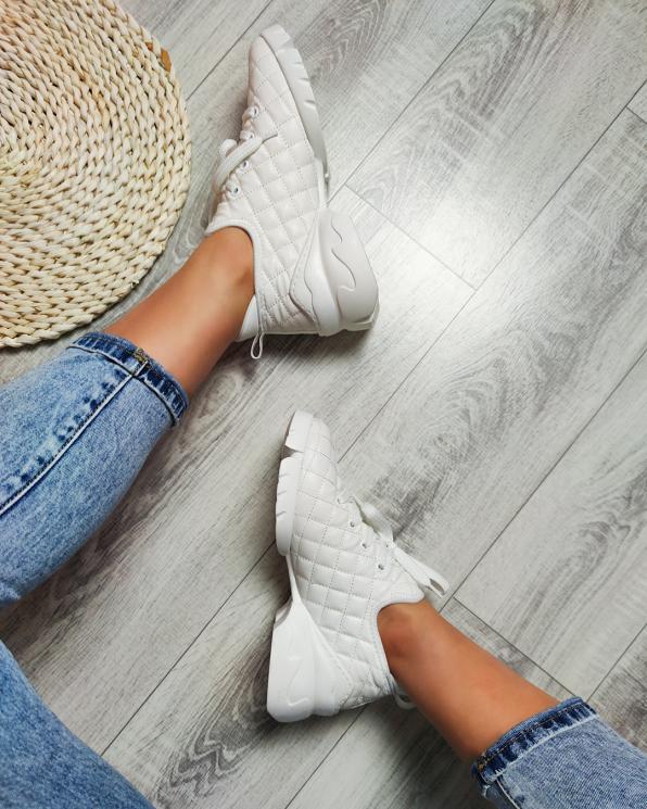 Białe sneakersy pikowane  083-133-100-BEŻ