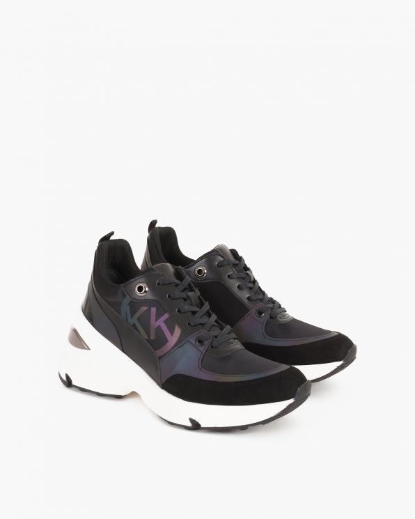 Czarne sneakersy skórzane  083-129-5-CZ-SRE
