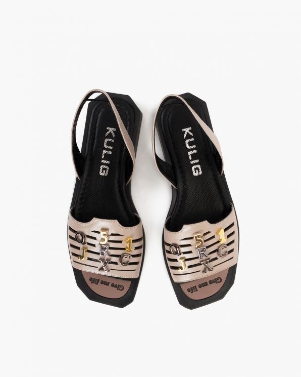 Beżowe sandały damskie skórzane z literkami  108-858-CAPUCINO