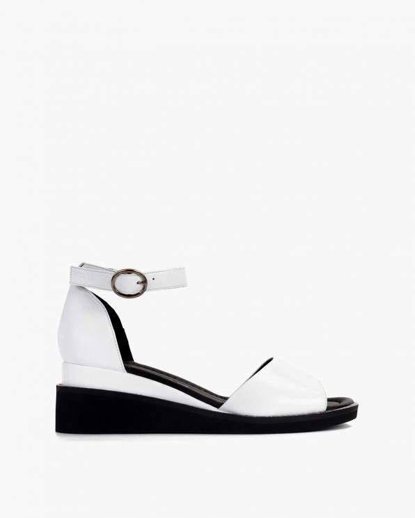 Białe sandały damskie skórzane na koturnie  108-1071-BIAŁY