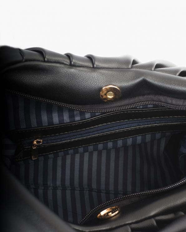 Czarna torebka damska skórzanaz łańcuszkiem  TOR-1052BE
