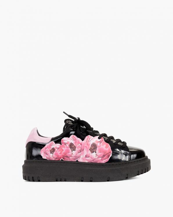 Czarne trampki damskie lakierowane z kwiatami  116-114-001-CZAR