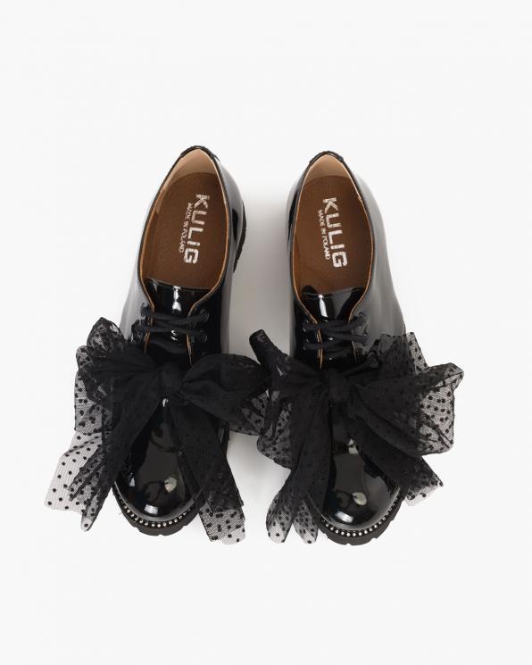 Czarne lakierowane półbuty damskie z kokardą  055-513-CZARNY