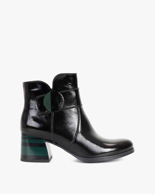 Czarno-zielone botki lakierowane na klocku  058-8625-ZIELONY