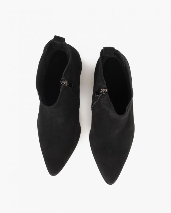 Czarne botki welurowe na słupku  058-2325-CZARNY