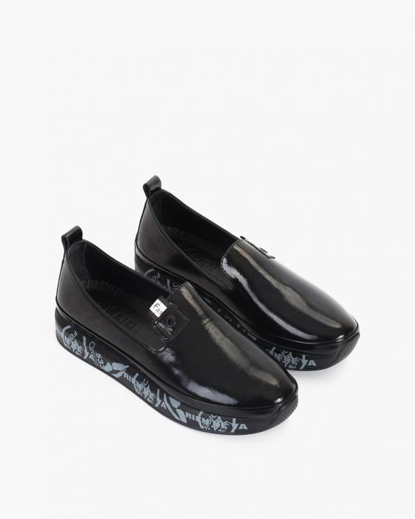 Czarne mokasyny damskie lakierowane  086-79-CZARNY