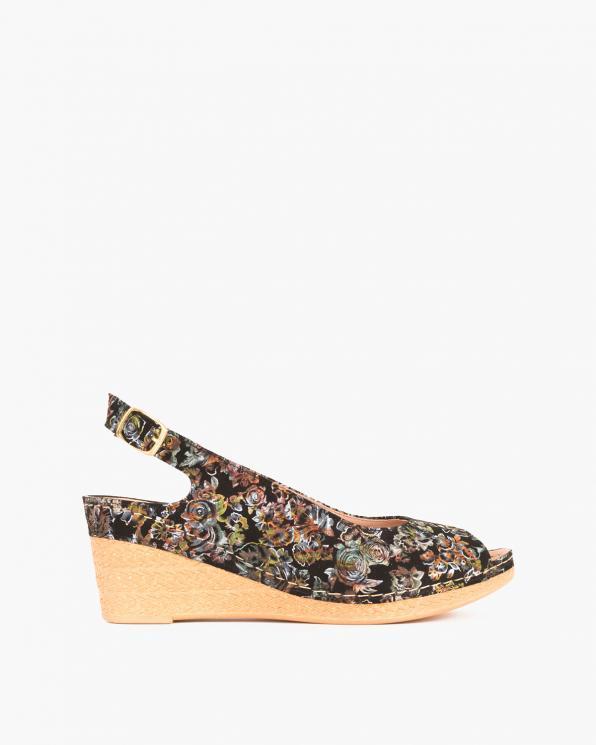 Czarne sandały z motywem na koturnie  082 0981-KW CZAR