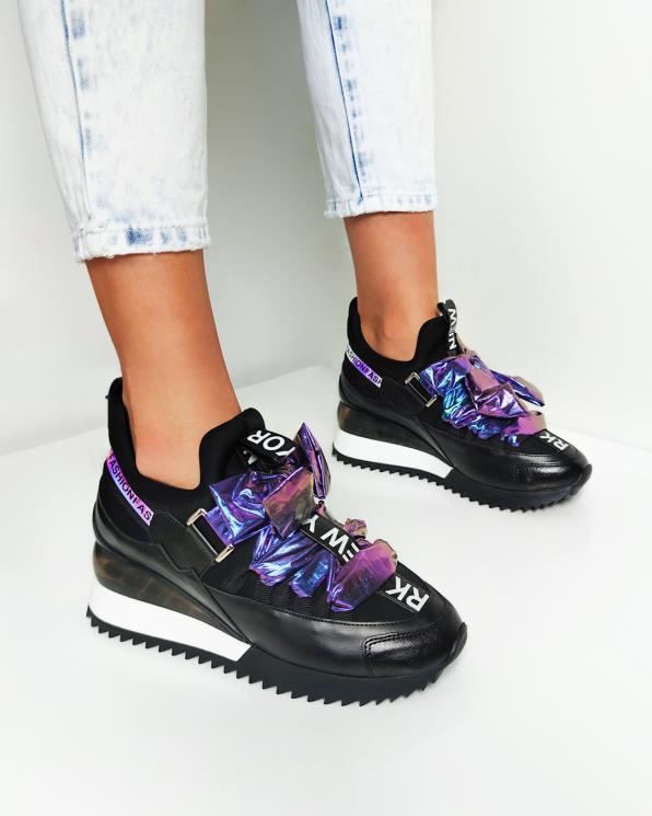 Czarne sneakersy z kokardą  083-88-113-CZARN
