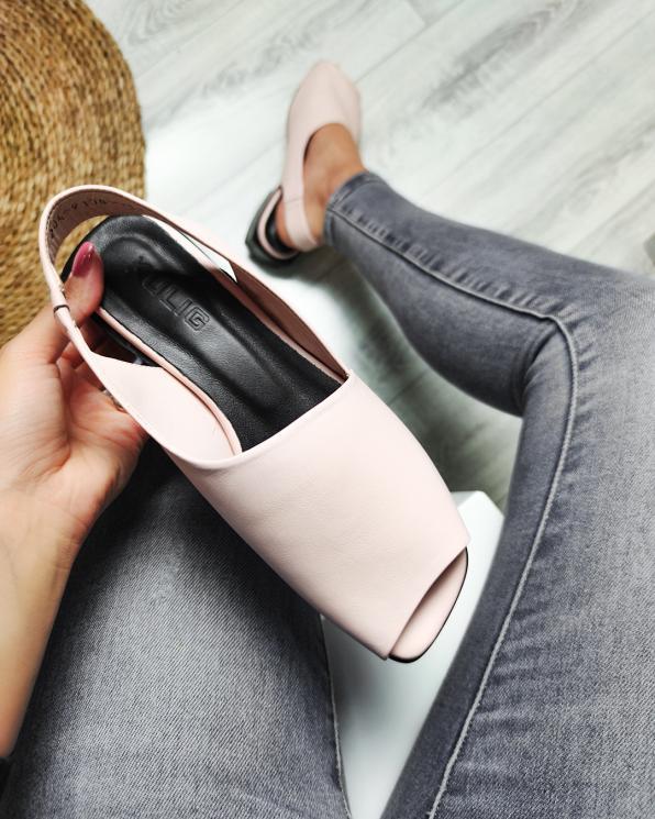 Pudrowe sandały damskie skórzane  108-204-PUDROWY