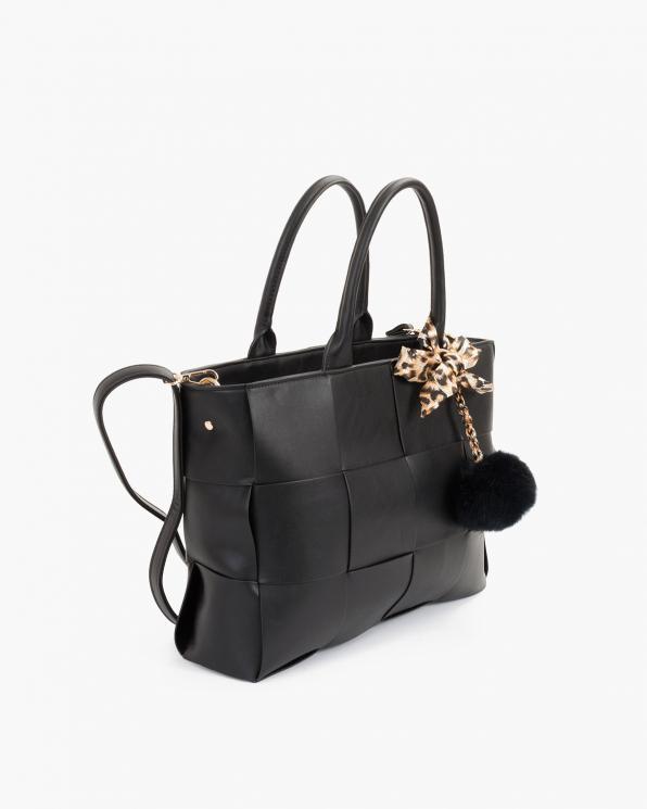 Czarna torebka damska skórzana z zawieszką  TOR-282524-FOR