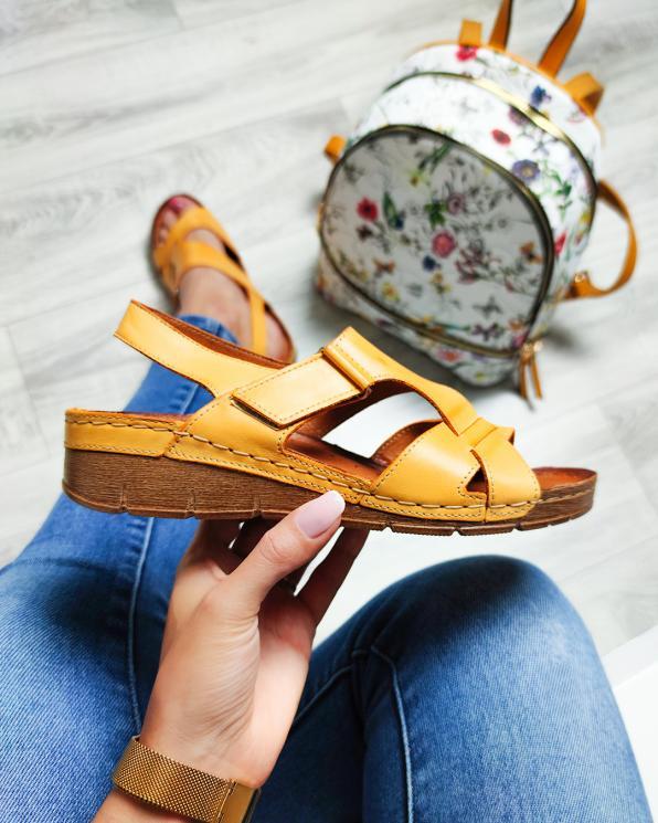 Żółte sandały damskie skórzane  112-809-ŻÓŁTY