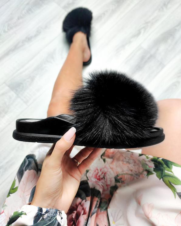 Czarne klapki damskie z futerkiem  055-502-CZARNY
