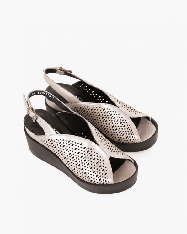 Srebrne sandały skórzane na koturnie  079 088-585-305