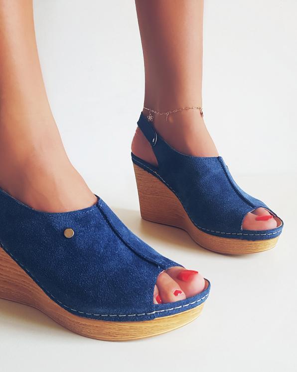 Chabrowe sandały welurowe na koturnie  082 7891-CHABER