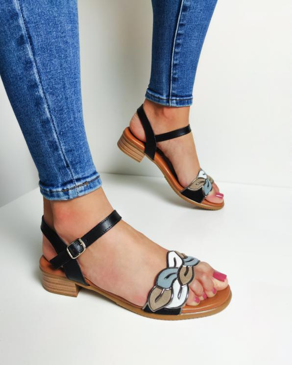 Czarne sandały damskie skórzane z ozdobą  009-9031-NEGRO