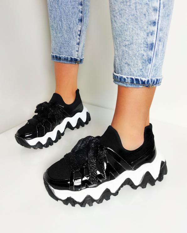 Czarne sneakersy skórzane  116-109-002-CZAR