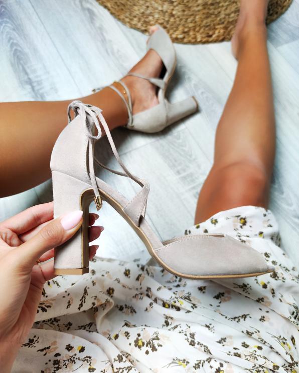 Zamszowe sandały damskie na słupku  034-1095-BEŻ-ZAM