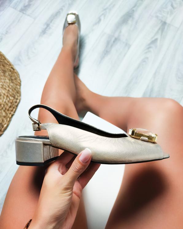 Złote sandały damskie skórzane z kamieniem  012-748-ZŁOTY